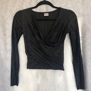ZARA Black Long Sleeved Crop Top NWOT 🖤